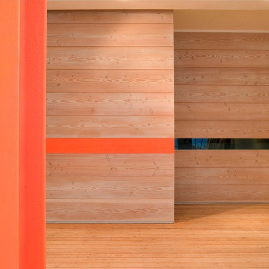 Modus showroom interior project with @Dinesen Douglas Fir wall... #modusfurniture #modus #dinesen #dinesendouglas #tbt #clerkenwell #london #showroom #douglasfir #michaelsodeau #michaelsodeaustudio #interiordesign #simplicity #modern #interiorarchitect #fluorescentorange #design