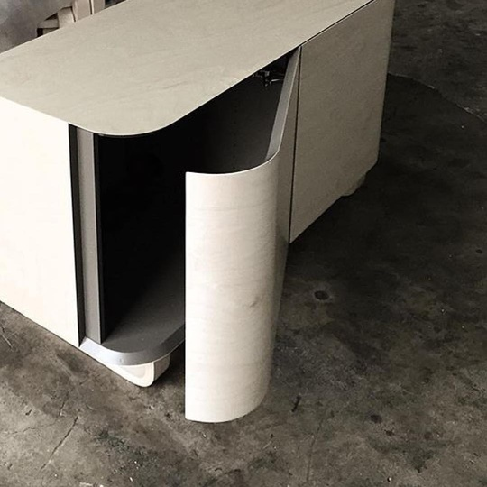 Wing Unit produced by Isokon Plus since 1999... 📷 @aniboufurniture #regram #isokonplus #wingunit #attentiontodetail #handmade #madeinlondon #simplicity #moderncraft #design #michaelsodeau