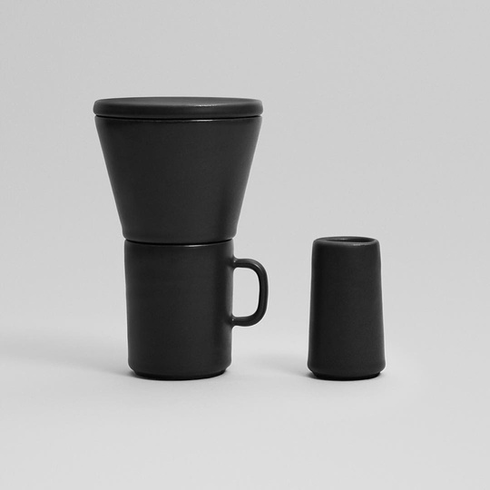 'Time In' | Othr 3D printed porcelain pour over coffee filter, mug and milk jug... 📷 @othr__ #othr #3Dprinting #porcelain #NYC #NYCxDESIGN #newproject #modern #design #coffee #michaelsodeaustudio #michaelsodeau #simplicity